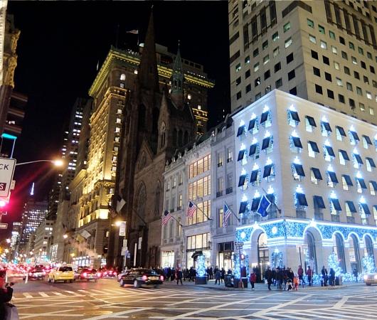 ニューヨーク5番街のホリデー・ウィンドウなど等_b0007805_2292795.jpg