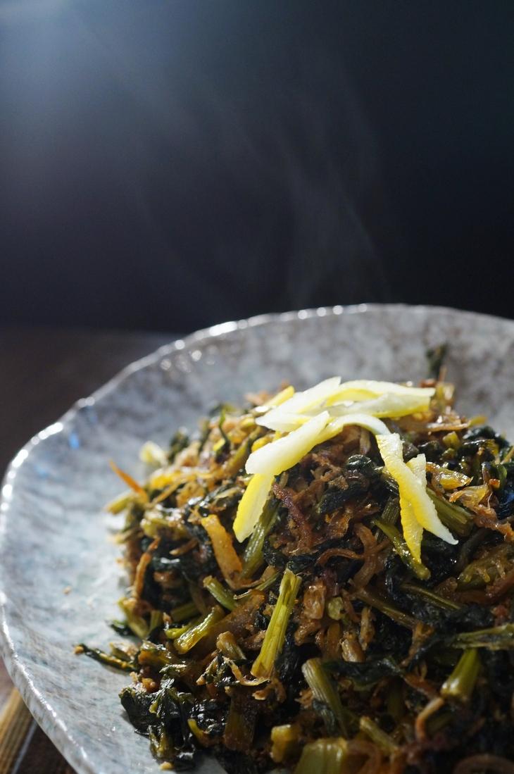 自家製保存食で【大根葉とジャコの甘辛佃煮】地味ですが日本の味ですね~ご飯が美味しいね^^_b0033423_1841631.jpg