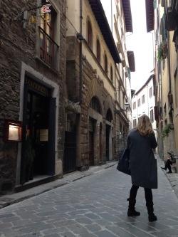 フィレンツェで一人ランチが気軽にできる店、しかも安い!_a0207108_22030205.jpg
