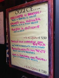 フィレンツェで一人ランチが気軽にできる店、しかも安い!_a0207108_23232575.jpg