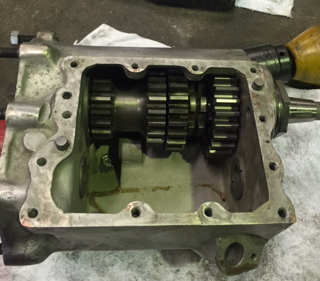 4SPEED TRANS is repaired_c0152253_2247456.jpg