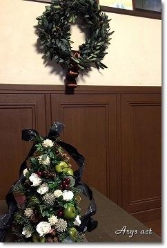 大人シックなクリスマス リース&スワッグ_c0243369_21173247.jpg