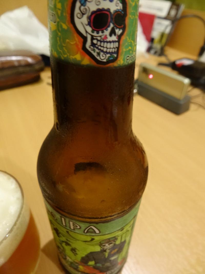 ハロウィーン前の髑髏のビールです。_c0225997_6535269.jpg