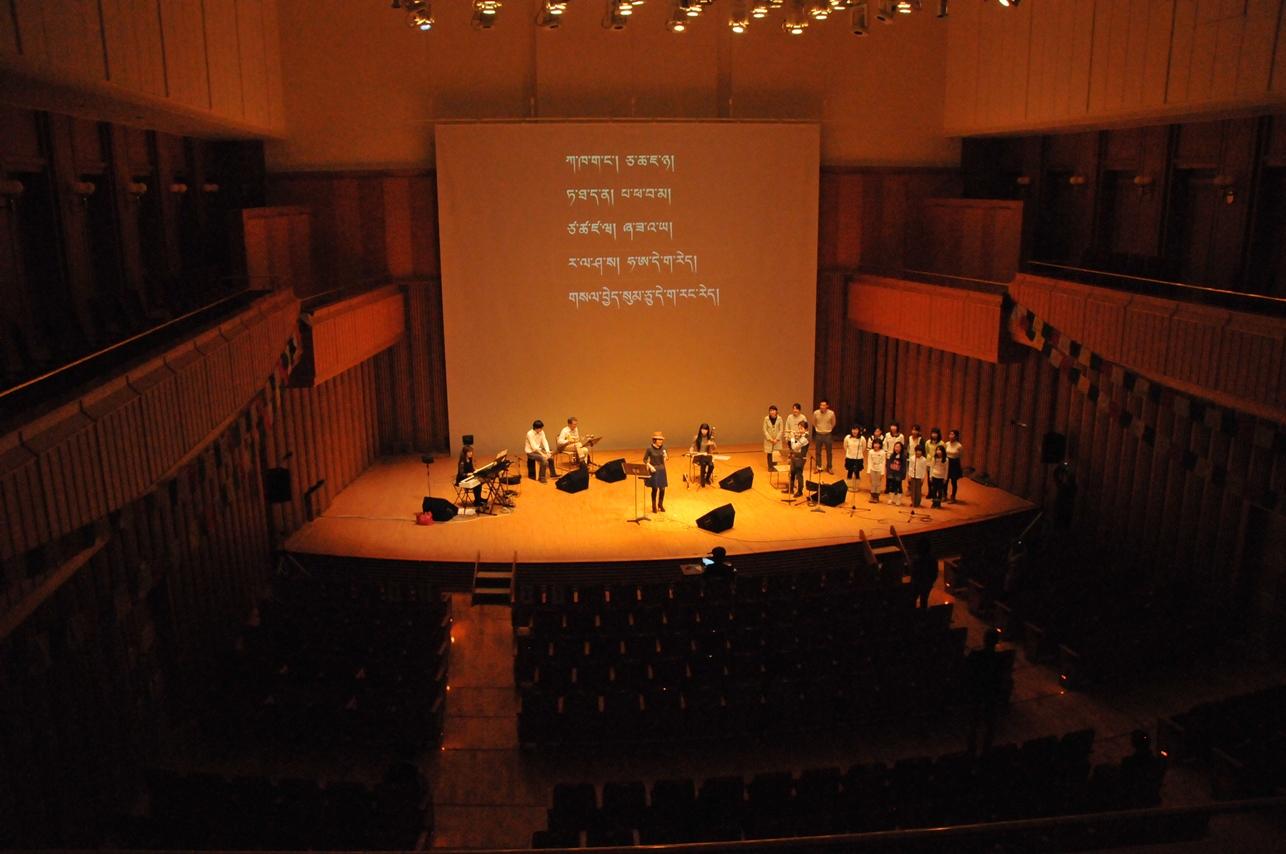 来日20周年記念コンサートin札幌_c0162404_10235729.jpg