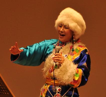 来日20周年記念コンサートin札幌_c0162404_1042116.jpg