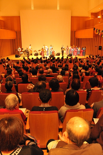 来日20周年記念コンサートin札幌_c0162404_10423817.jpg