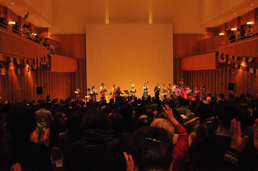 来日20周年記念コンサートin札幌_c0162404_10441021.jpg