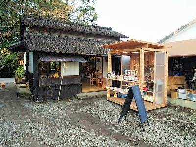 飫肥杉でつくる小屋のような屋台のような 『koyatten』_f0138874_16192998.jpg