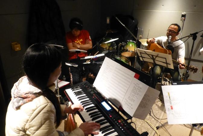 11月29日、ちょっと早いクリスマスコンサート@少年宅♪_e0188087_2046742.jpg