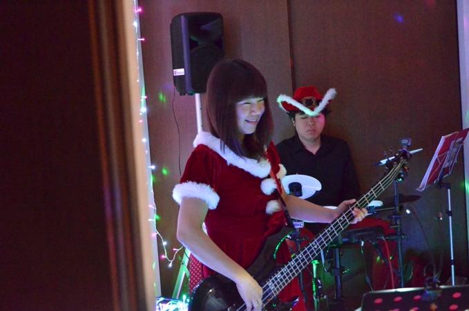 11月29日、ちょっと早いクリスマスコンサート@少年宅♪_e0188087_20573258.jpg