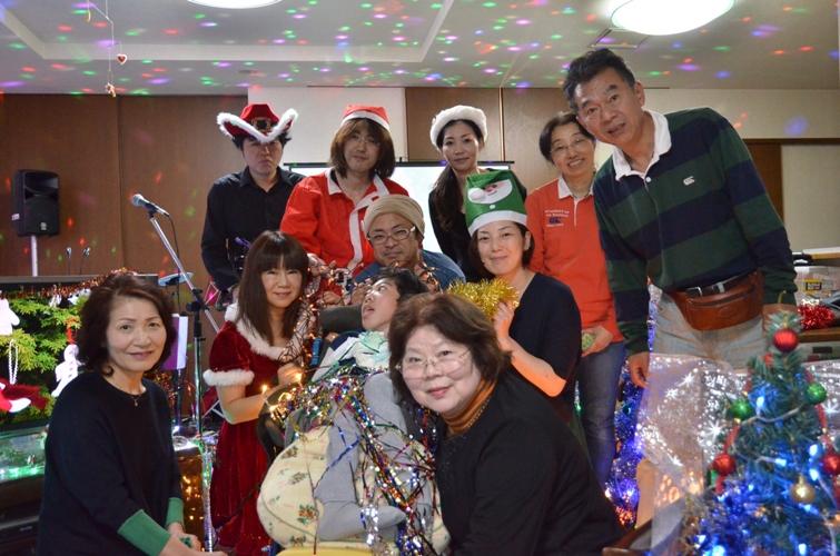 11月29日、ちょっと早いクリスマスコンサート@少年宅♪_e0188087_2110199.jpg