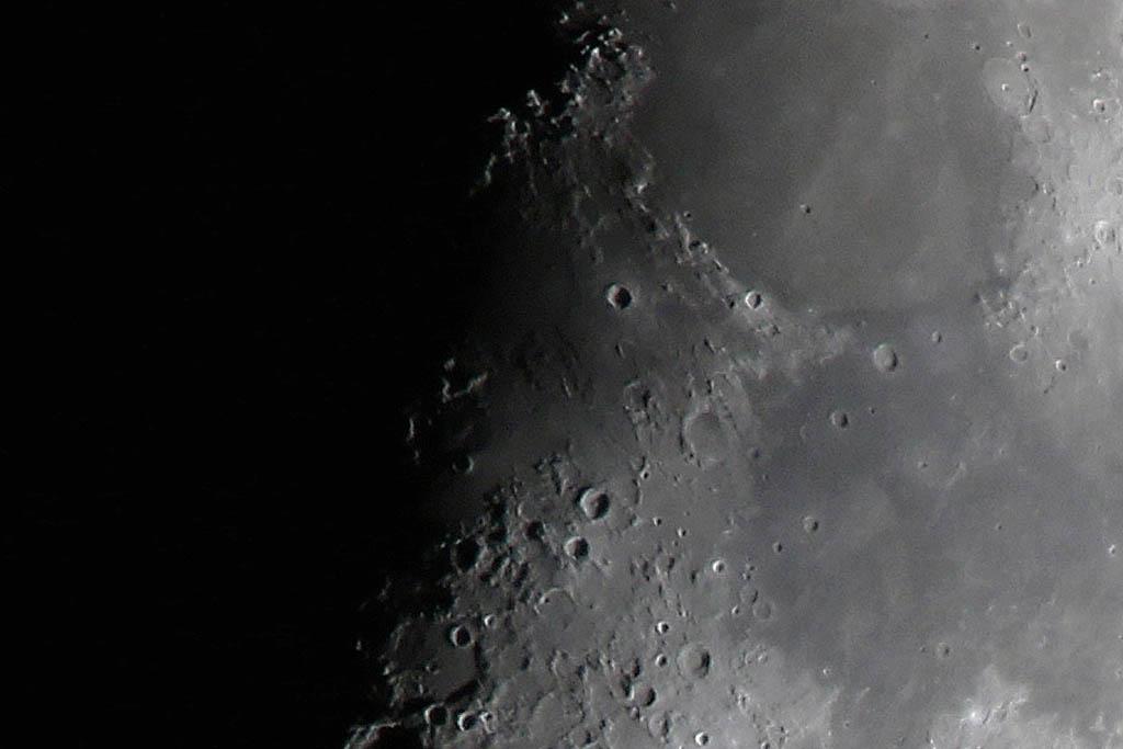 シメは強い/月面X、月面V/天王星と月_b0024798_11534654.jpg
