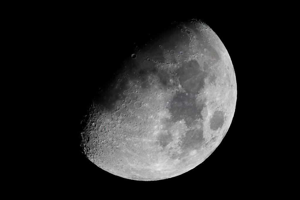 シメは強い/月面X、月面V/天王星と月_b0024798_1157415.jpg