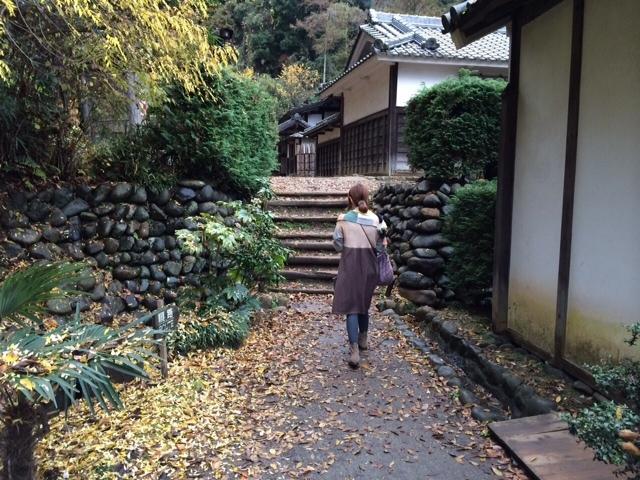 明日から冬のブローチ展です。@向ケ丘遊園Sunny Days &日本民家園_a0137727_22460033.jpg