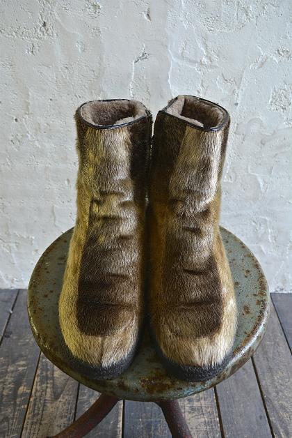 Seal skin & fur boots_f0226051_161390.jpg