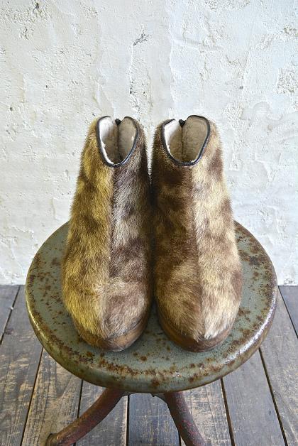 Seal skin & fur boots_f0226051_1623741.jpg