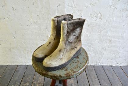 Seal skin & fur boots_f0226051_1631518.jpg
