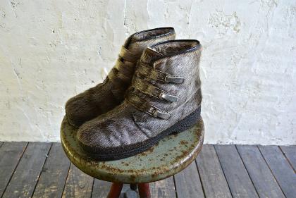Seal skin & fur boots_f0226051_1644233.jpg