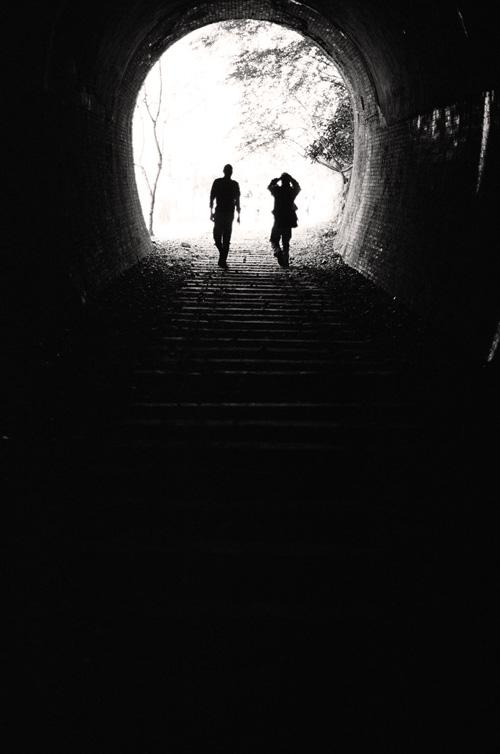 隧道を歩く_c0181552_19483590.jpg