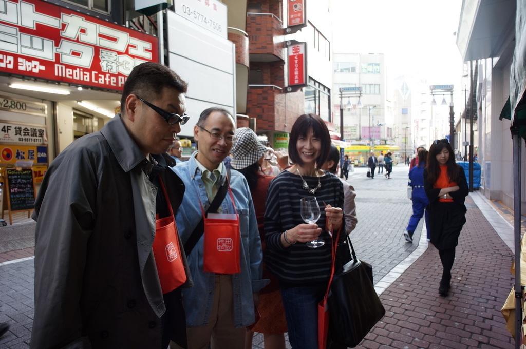 帰国日記@ベルリン⑥神田ワイン祭りから湘南へ。_c0180686_03112897.jpg