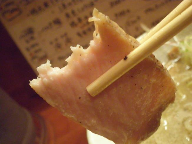 らーめん麺元素(めんげんそ) 天神橋5丁目_c0118393_1592085.jpg