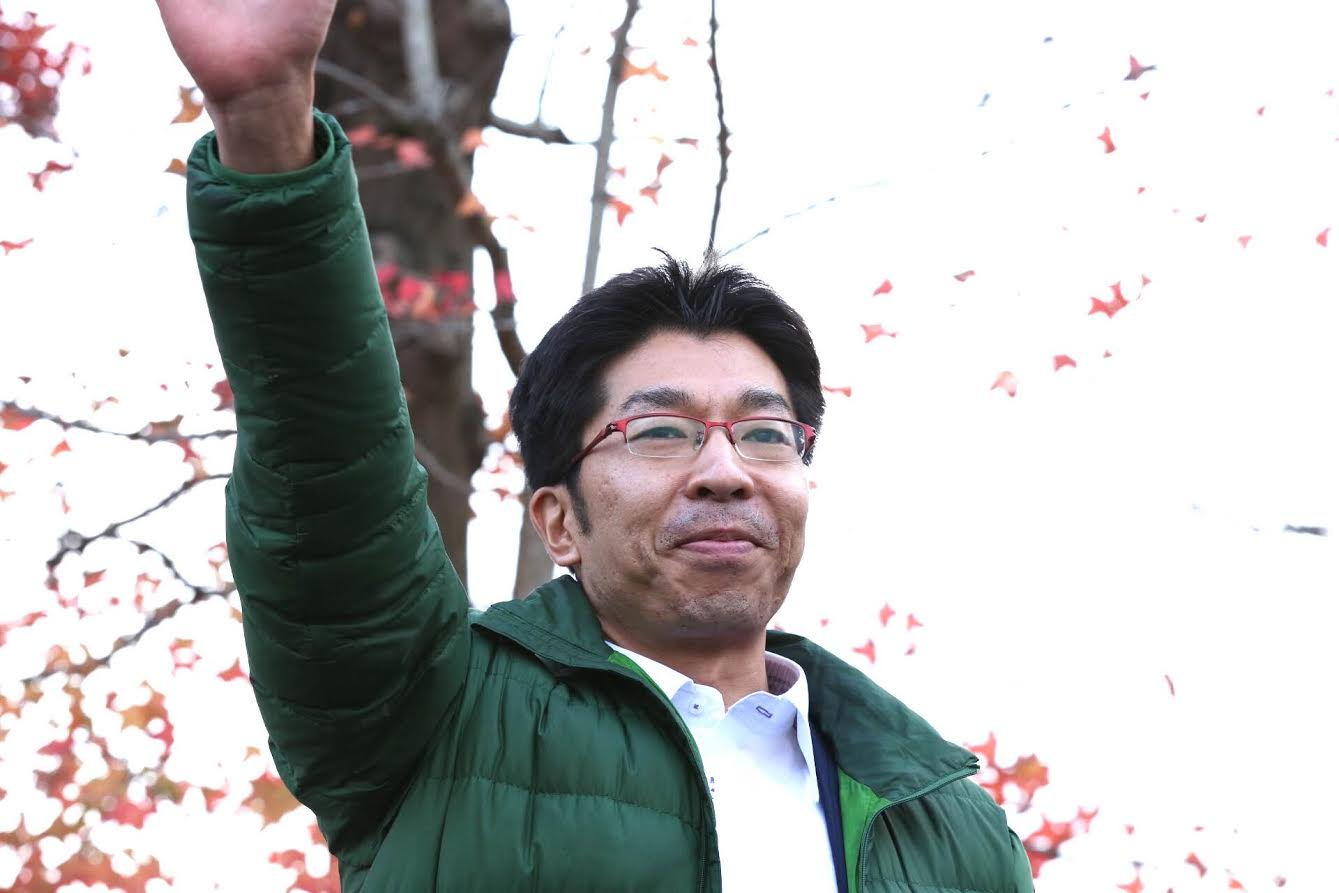 小松政さんが動き始めました_d0047811_233357.jpg
