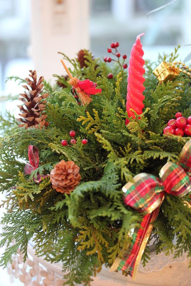 クリスマスのアレンジメントとマカロンキャンドル_a0292194_19593897.jpg