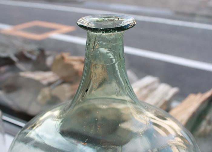 19世紀のガラスボトル_f0074803_1350531.jpg