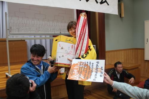 あっちゃん優勝!!_e0101917_07150189.jpg