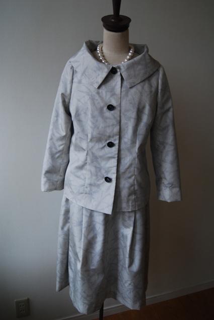 着物リメイク・白大島のジャケット&スカート_d0127925_2371472.jpg