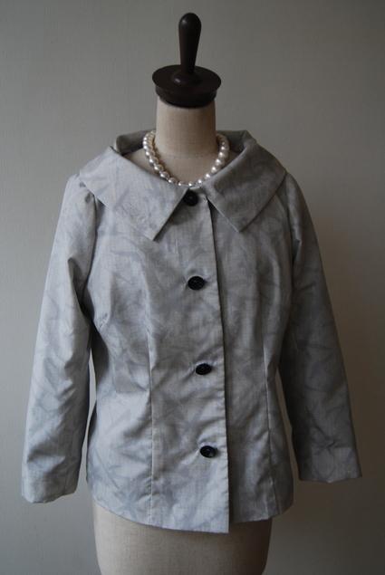 着物リメイク・白大島のジャケット&スカート_d0127925_2374634.jpg