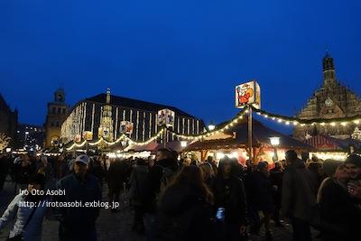ニュルンベルクのクリスマスマーケット_d0300034_1947317.jpg
