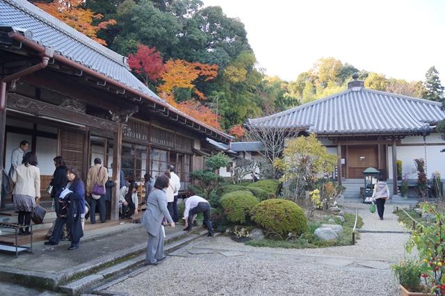 驚愕!!當麻寺西南院の素晴らしい紅葉と庭園、奈良の秋素晴らしい美しさに逢う旅_d0181492_21585454.jpg