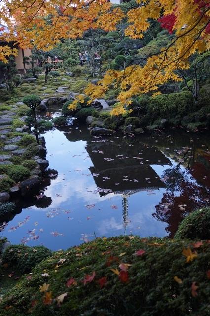 驚愕!!當麻寺西南院の素晴らしい紅葉と庭園、奈良の秋素晴らしい美しさに逢う旅_d0181492_2204748.jpg