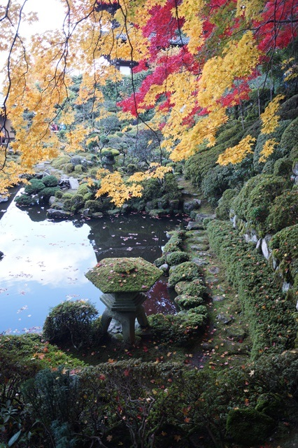 驚愕!!當麻寺西南院の素晴らしい紅葉と庭園、奈良の秋素晴らしい美しさに逢う旅_d0181492_2212475.jpg