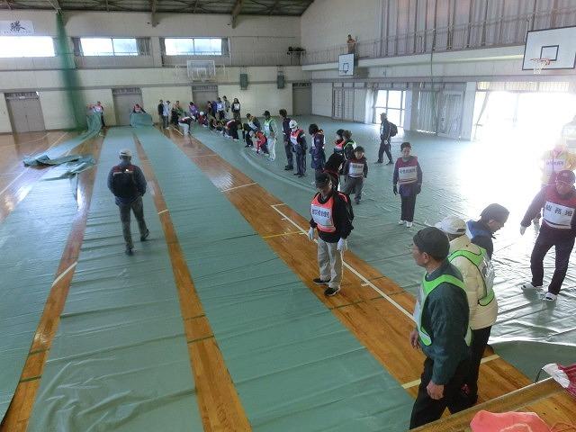 成果以上に課題が多かった 約450名が参加しての第2回吉原高校避難所開設・運営訓練_f0141310_7595025.jpg