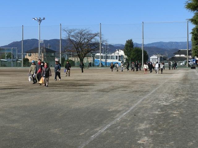 成果以上に課題が多かった 約450名が参加しての第2回吉原高校避難所開設・運営訓練_f0141310_821976.jpg