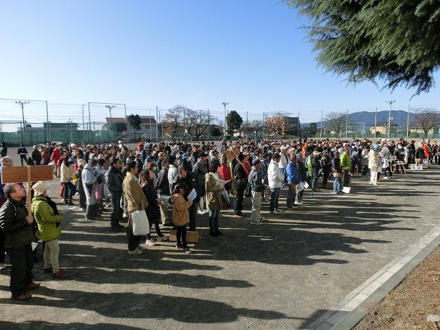 成果以上に課題が多かった 約450名が参加しての第2回吉原高校避難所開設・運営訓練_f0141310_823675.jpg