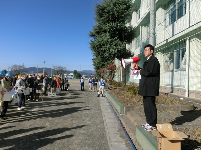 成果以上に課題が多かった 約450名が参加しての第2回吉原高校避難所開設・運営訓練_f0141310_824747.jpg
