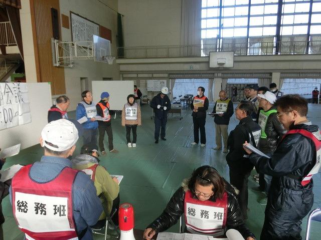 成果以上に課題が多かった 約450名が参加しての第2回吉原高校避難所開設・運営訓練_f0141310_864410.jpg