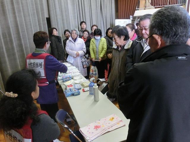 成果以上に課題が多かった 約450名が参加しての第2回吉原高校避難所開設・運営訓練_f0141310_872156.jpg