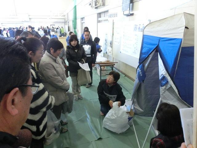 成果以上に課題が多かった 約450名が参加しての第2回吉原高校避難所開設・運営訓練_f0141310_882685.jpg