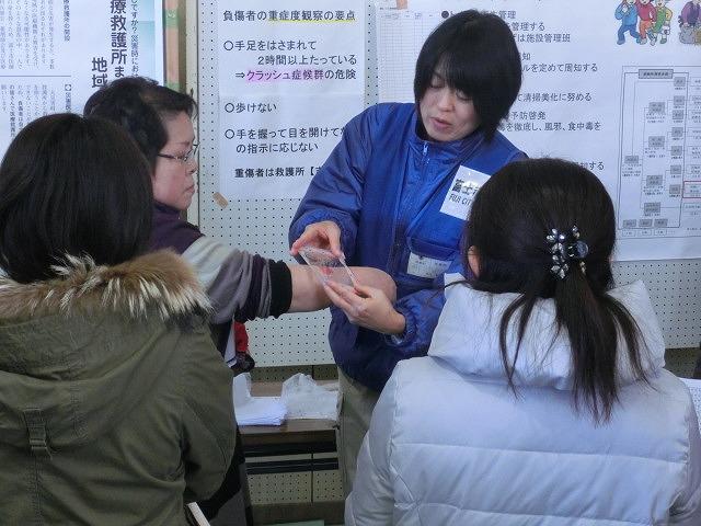 成果以上に課題が多かった 約450名が参加しての第2回吉原高校避難所開設・運営訓練_f0141310_89165.jpg