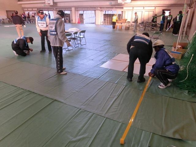 成果以上に課題が多かった 約450名が参加しての第2回吉原高校避難所開設・運営訓練_f0141310_8956100.jpg