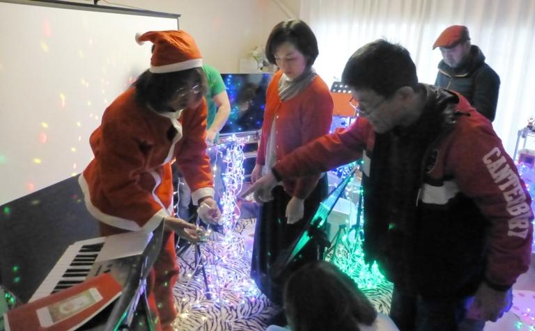 12月7日、クリスマスコンサート@Misakiちゃん宅♪_e0188087_21345156.jpg