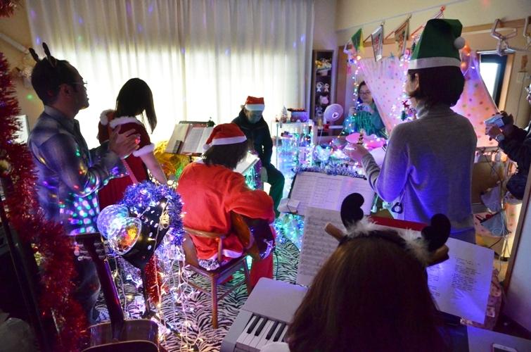 12月7日、クリスマスコンサート@Misakiちゃん宅♪_e0188087_222370.jpg
