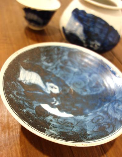 きょうのうつわ〜白波から鯨出現!驚きのもりもりごはん茶碗_a0017350_02154262.jpg