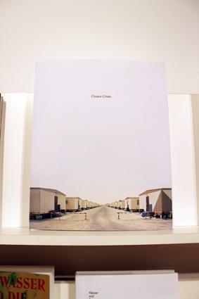 世界のブックデザイン2013-14(展示風景)_b0141474_130473.jpg