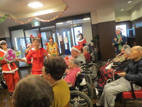 「いやさか苑、クリスマス会」開催させて頂きました_a0158095_172172.jpg