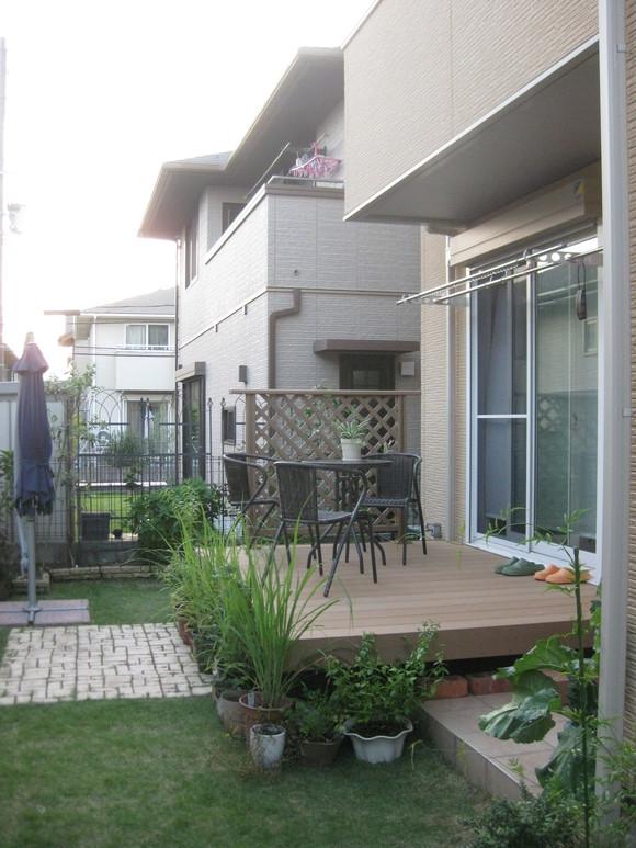 デッキのあるお庭~ビフォー・アフター~_e0128446_1005658.jpg